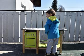 Kinderküche draußen