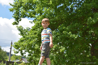 Alexander am Spielplatz