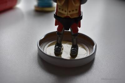 Playmobil Männchen ankleben