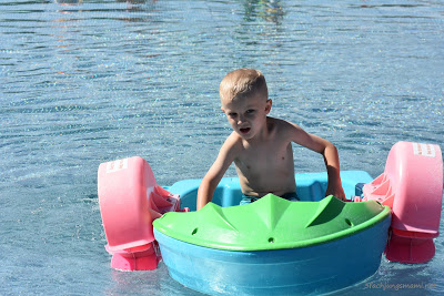 tolles Ruderboot für Kinder