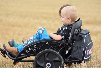 Kinderwagen für zwei Kinder